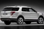 2012 Ford Explorer Limited 4WD in White Suede - Static Rear Right Three-quarter View