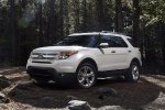 2013 Ford Explorer Limited 4WD in White Suede - Static Front Left Three-quarter View