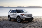 2013 Ford Explorer Limited 4WD in White Suede - Static Front Right View