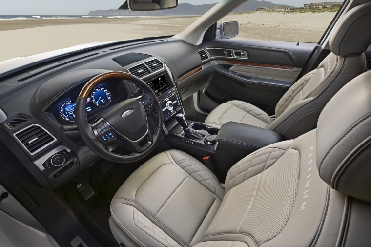 2017 Ford Explorer Platinum 4WD Front Seats Picture
