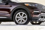 Picture of a 2020 Ford Explorer Platinum V6 EcoBoost 4WD's Rim