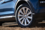 Picture of a 2020 Ford Explorer Limited's Rim