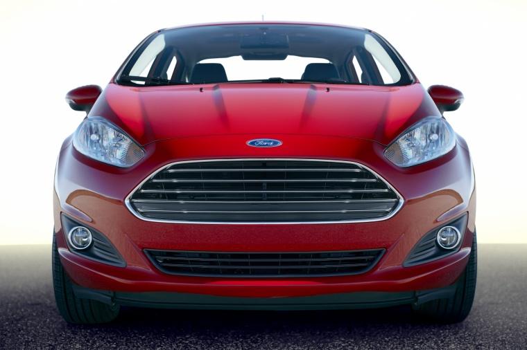 2017 Ford Fiesta Sedan Titanium Picture