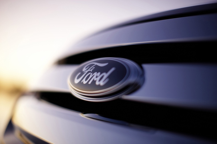 2011 Ford Fusion Sport Grille Picture