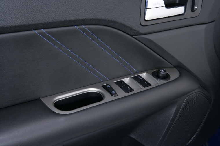 2011 Ford Fusion Sport Door Panel Picture