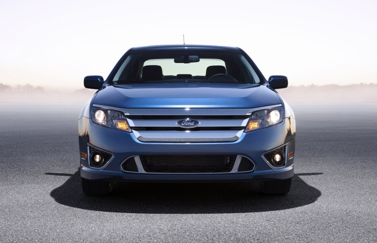 2011 Ford Fusion Sport in Steel Blue Metallic from a frontal view