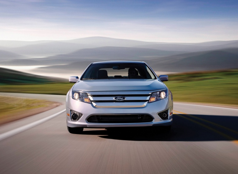 2011 Ford Fusion Hybrid Picture