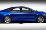 2013 Ford Fusion Hybrid SE in Deep Impact Blue - Static Side View