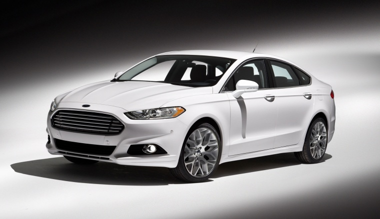 2015 Ford Fusion Titanium AWD in Oxford White from a front left three-quarter view