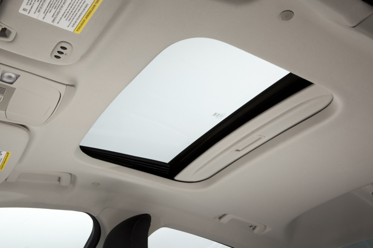 2015 Ford Fusion Hybrid SE Sunroof Picture