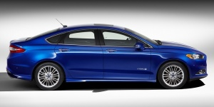 Research the 2016 Ford Fusion