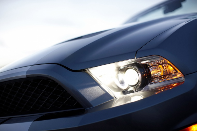 2010 Shelby GT500 Convertible Headlight Picture