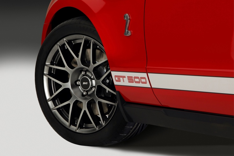 2011 Shelby GT500 Coupe Rim Picture
