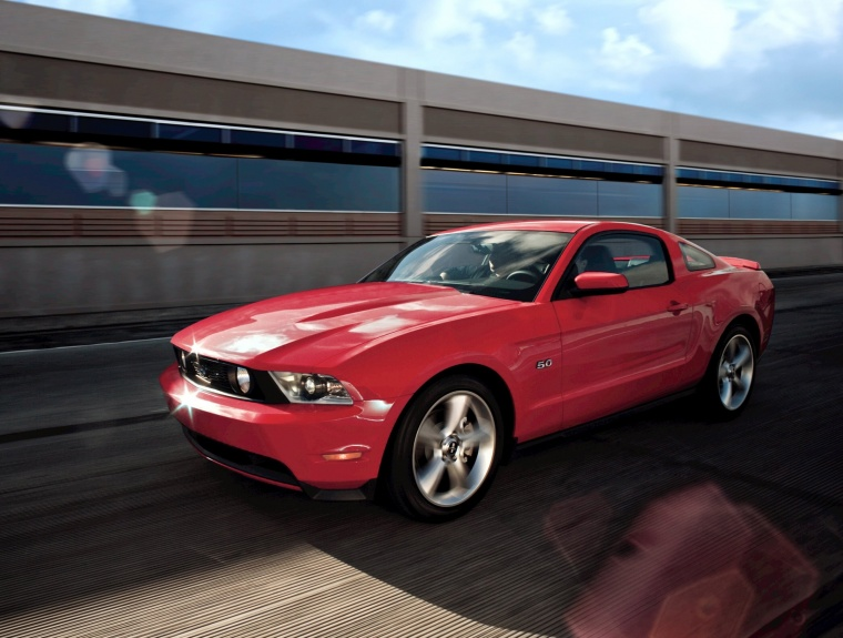 2012 Ford Mustang GT Coupe Picture