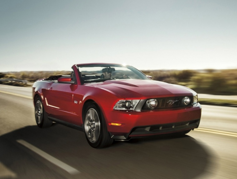 2012 Ford Mustang GT Convertible Picture