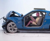 2013 Ford Mustang IIHS Frontal Impact Crash Test Picture