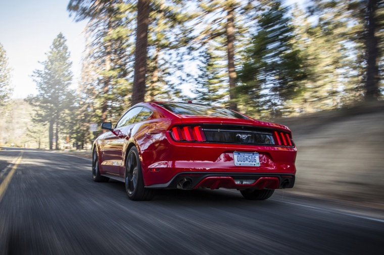 2016 Ford Mustang EcoBoost Fastback Picture