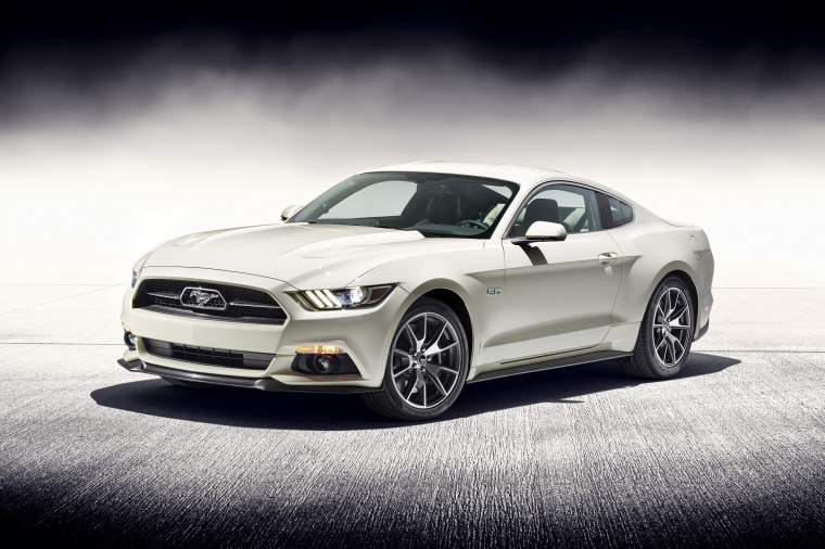2017 Ford Mustang EcoBoost Fastback Picture