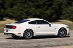 2017 Ford Mustang EcoBoost Fastback in Oxford White - Driving Rear Right Three-quarter View