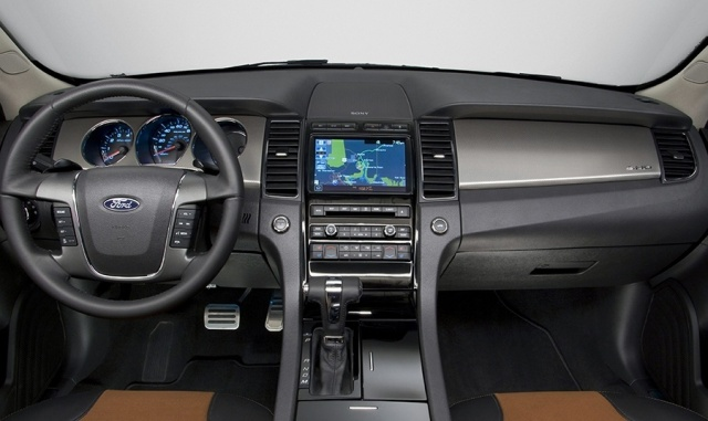 2010 Ford  Taurus Picture