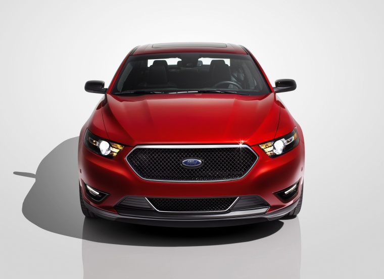 2013 Ford Taurus SHO Sedan Picture
