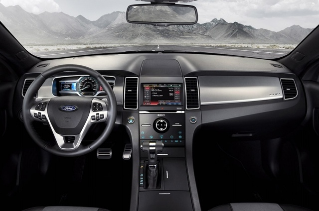 2015 Ford  Taurus Picture