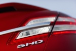 Picture of 2015 Ford Taurus SHO Sedan Tail Light