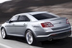 Picture of 2015 Ford Taurus Sedan Limited in Ingot Silver Metallic
