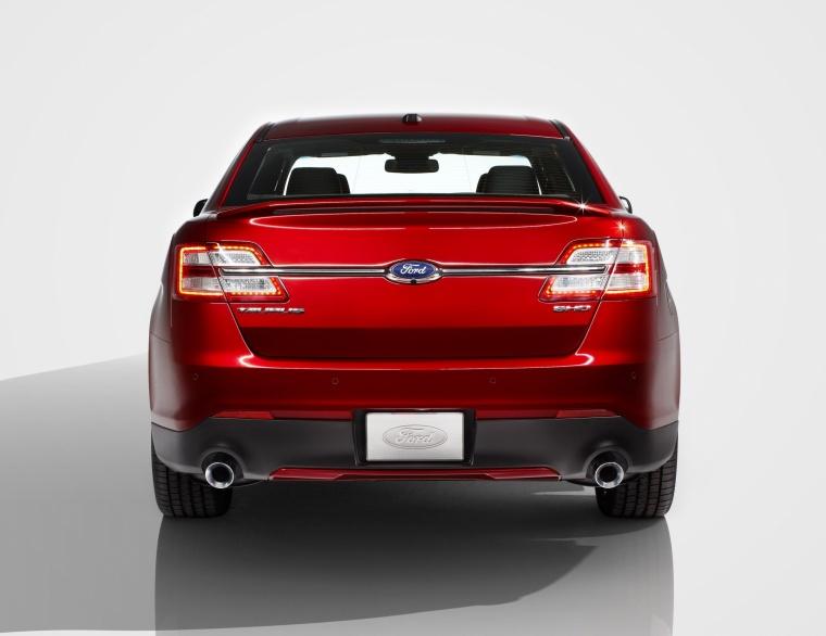 2017 Ford Taurus SHO Sedan Picture
