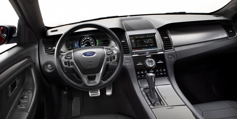 2018 Ford Taurus SHO Sedan Cockpit Picture