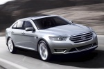 2018 Ford Taurus Sedan Limited in Ingot Silver Metallic - Driving Front Right Three-quarter View