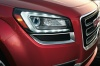 2016 GMC Acadia SLT Headlight Picture
