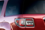 Picture of 2016 GMC Acadia SLT Tail Light