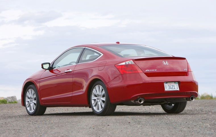 2010 Honda Accord Coupe V6 Picture