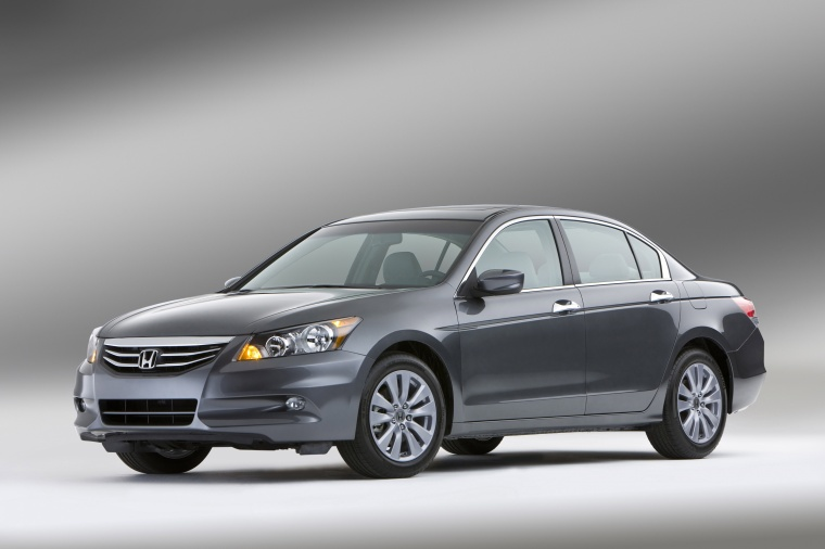 2012 Honda Accord Sedan EX L V6 In Polished Metal Metallic From A Front Left