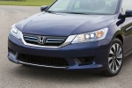 Picture of 2015 Honda Accord Hybrid Sedan Touring Headlights