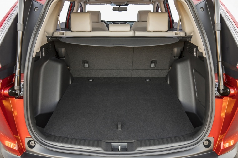 2018 Honda CR-V Touring AWD Trunk Picture