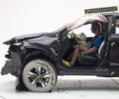 2018 Honda CR-V IIHS Frontal Impact Crash Test Picture