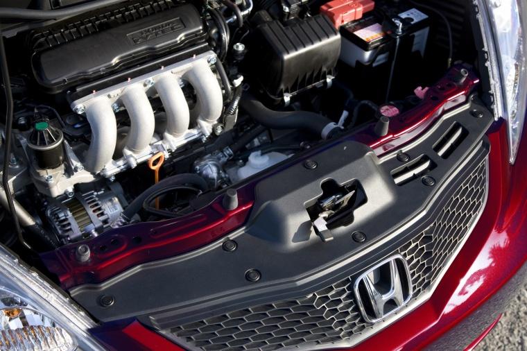 2011 Honda Fit Sport 1.5-liter 4-cylinder Engine Picture