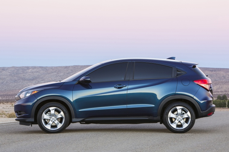 Used Honda Hrv >> 2016 Honda HR-V in Deep Ocean Pearl Color - Static - Side ...