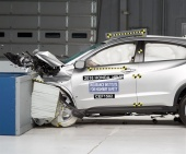 2016 Honda HR-V IIHS Frontal Impact Crash Test Picture