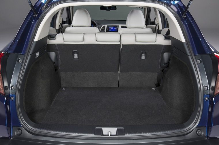 2017 Honda HR-V Trunk Picture