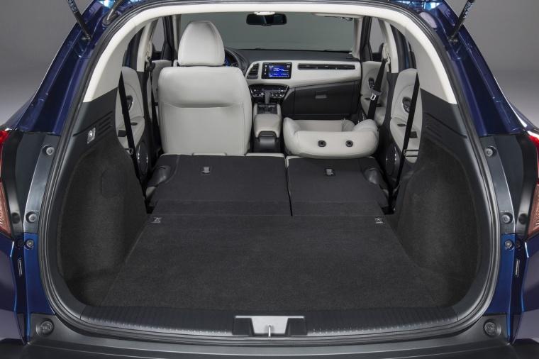 2017 Honda HR-V Trunk Picture