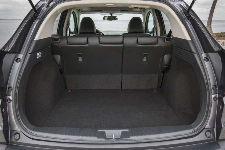 2017 Honda HR-V AWD Trunk Picture
