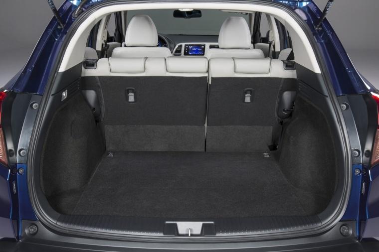 2018 Honda HR-V Trunk Picture
