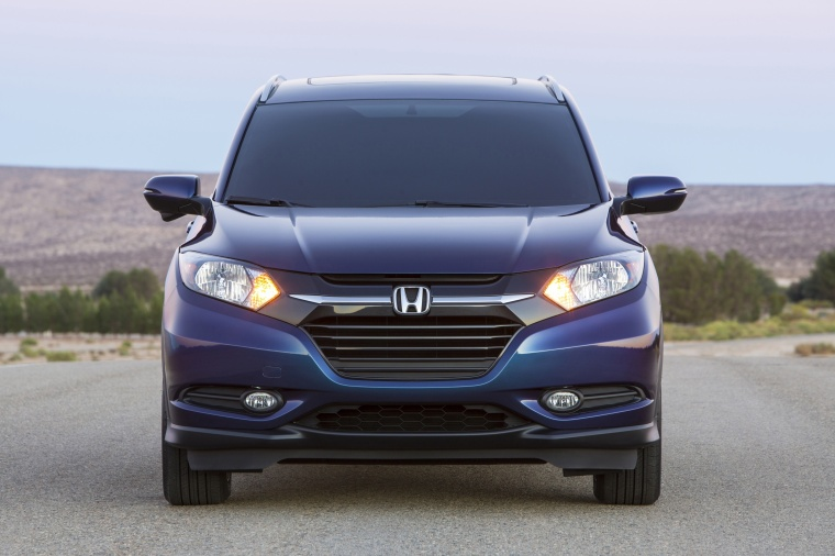 2018 Honda HR-V from a frontal view