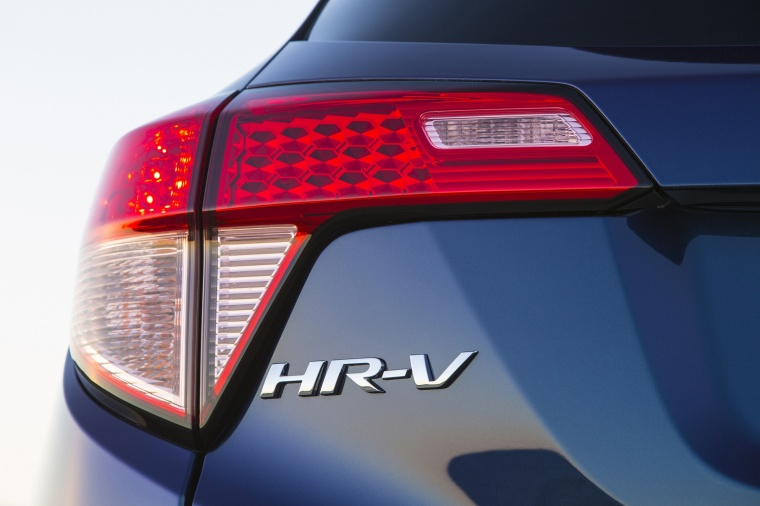 2018 Honda HR-V Tail Light Picture