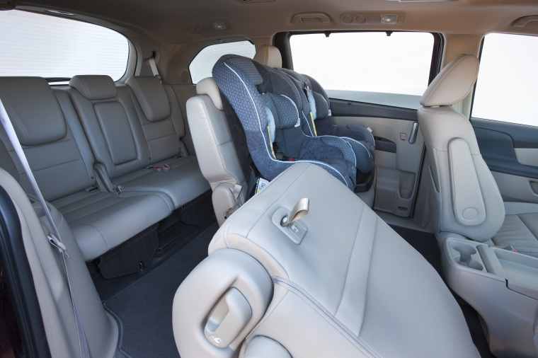 2016 Honda Odyssey Touring Interior Picture