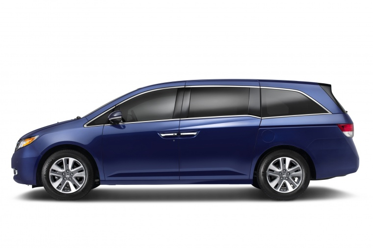 2016 Honda Odyssey Touring Elite Static Side View Picture