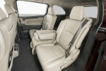 2018 Honda Odyssey Elite Second Row Seats in Beige
